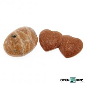 Diferentele dintre piatra soarelui naturala (Sunstone) si cea artificiala (Goldstone)