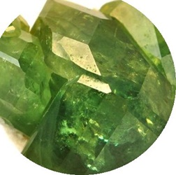 Demantoid - Granat verde - Dematoid Garnet