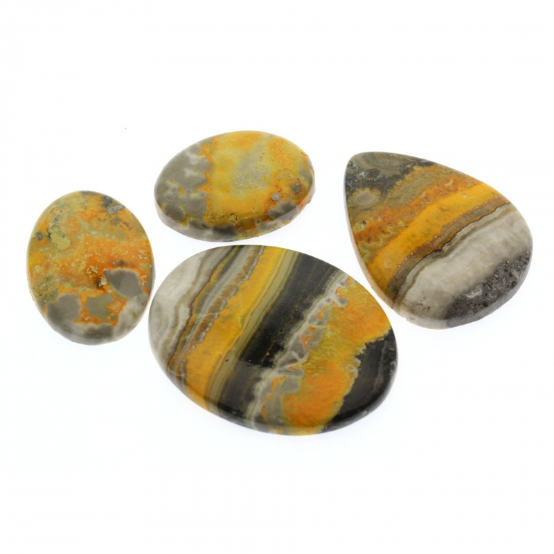 Cabochon Jasp Bumble Bee 29-45 x 21-36 x 5-7 mm