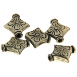 Margele din metal placat stea 13 x 13 mm, relief floare - 10 Buc